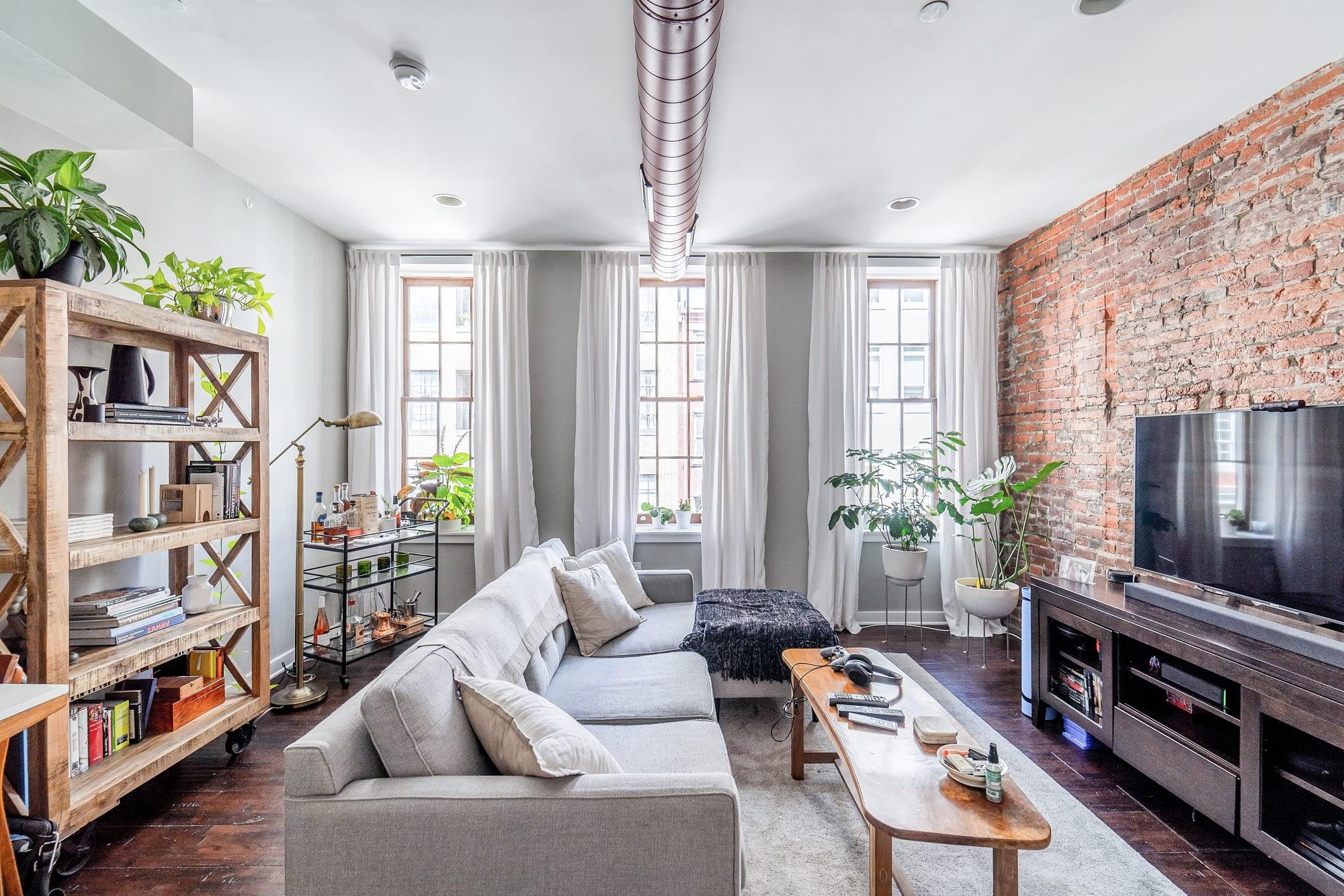 1708 Pine St Philadelphia PA | Roof Deck Media